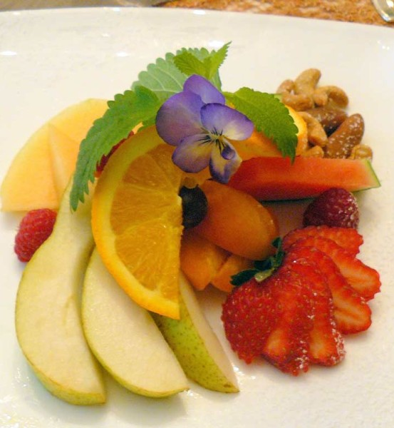 Fresh Fruit & Nuts - Vegetarian